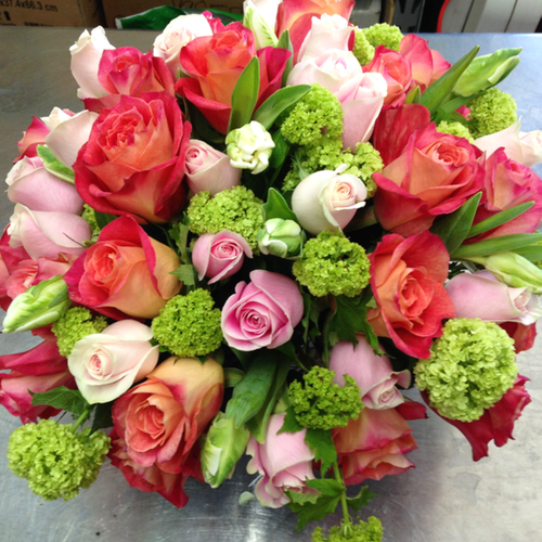 Natural Rose Bouquet Centerpiece