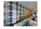 Smile Clean BKK - Wallpaper replacement in Asoke, Bangkok.