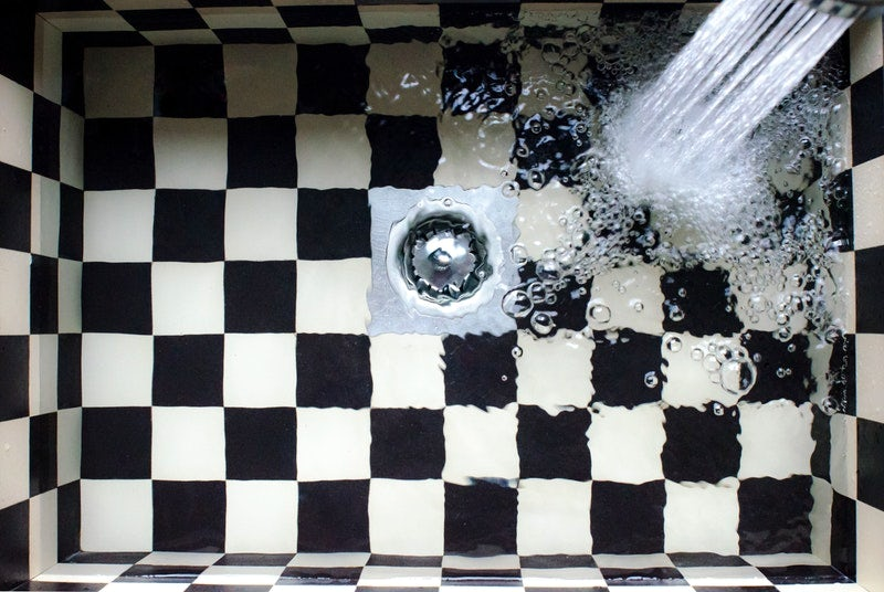 Easy tricks to clean and unclog dirty drains in Bangkok homes
