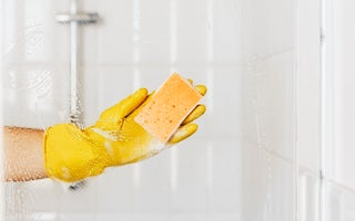 Shower door cleaning services in Bangkok