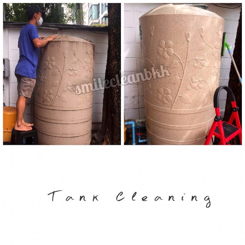 Cleaning a dirty water tank at Prakhanong, Bangkok
