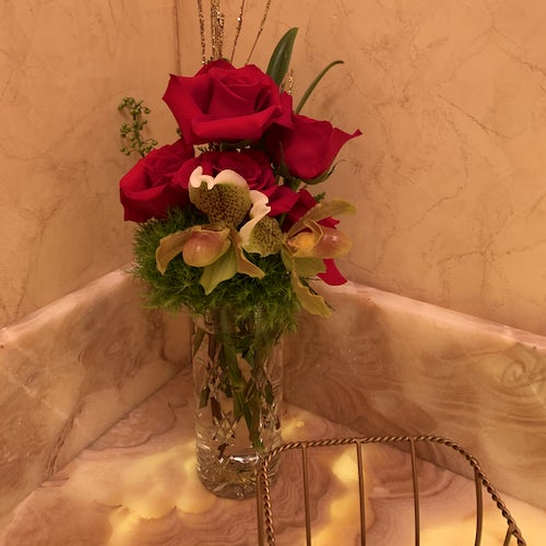 Simple Orchid and Rose Arrangement for Bathroom